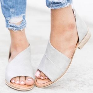 QWENN Cut Out Flats   - GREY